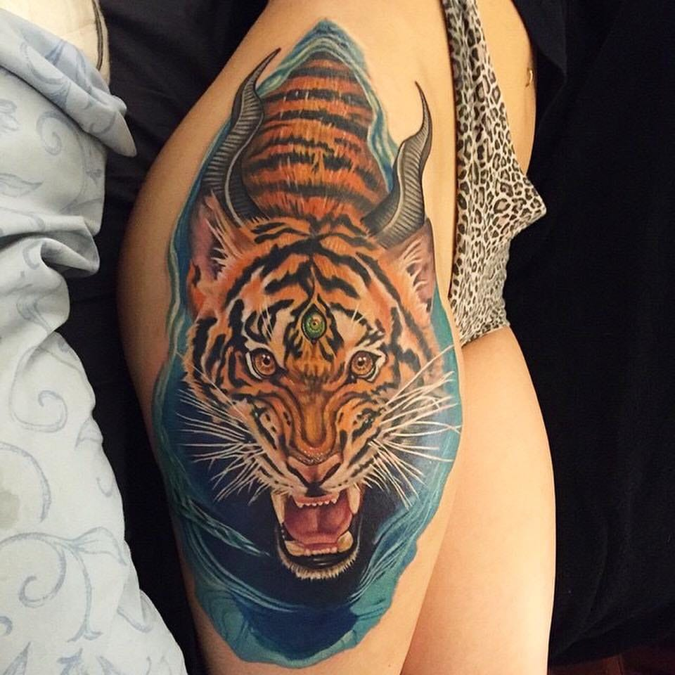 23 Trendy Hip Tattoos That Are Actually Badass: 15 Fierce Tiger Tattoos