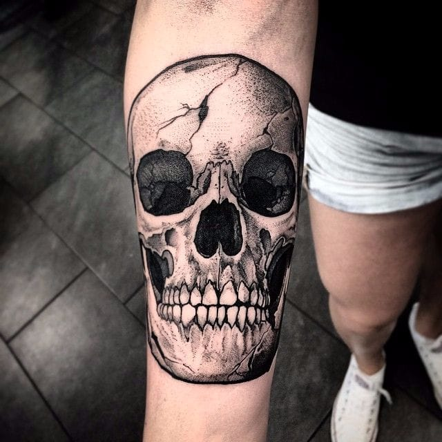 From Top To Bottom: 10 Bodyparts To Get A Skull Tattoo On