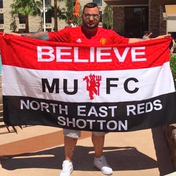 Manchester United Fan to Get an LFC Tattoo for Friend with Leukemia