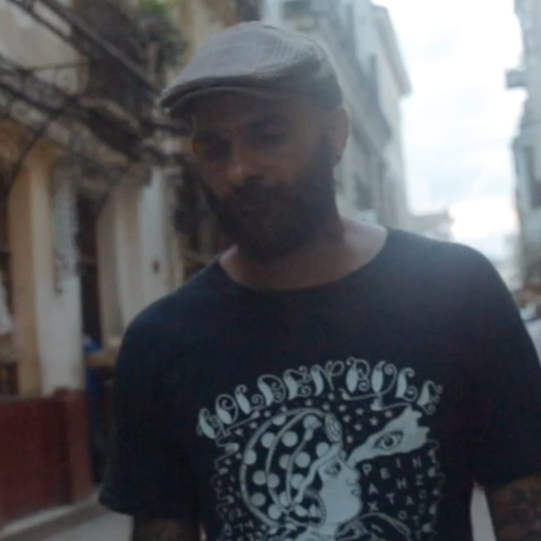 Life as an Illegal Tattoo Artist in Havana