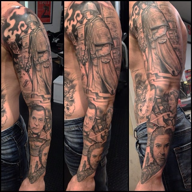 All the famous actors who have played Sherlock Holmes are gathered in this sleeve by Julian Arias.