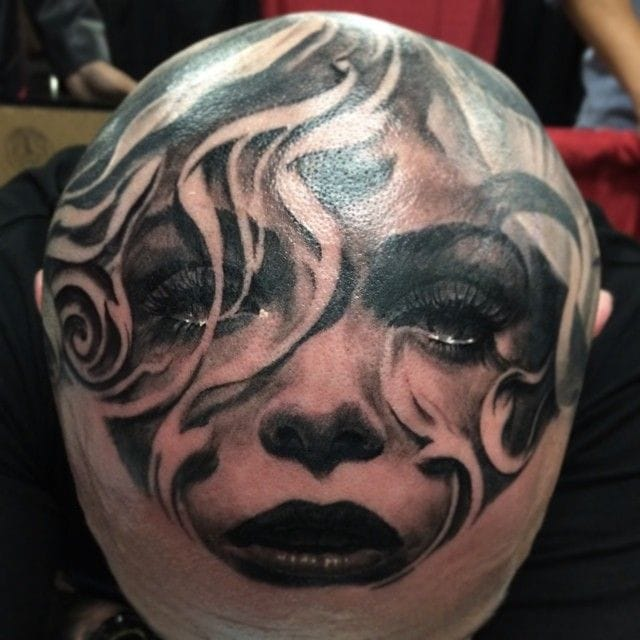 Femme Fatale and negative space smoke for master Carlos Torres.