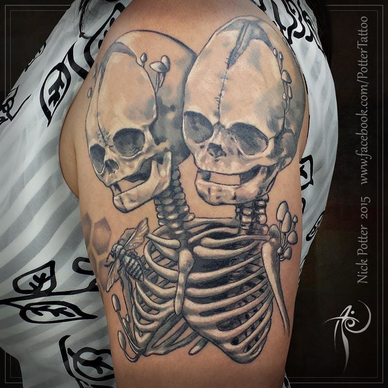 The famous Siamese skeleton by Nick Potter.
