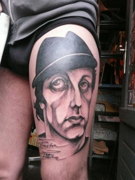 This Rocky tattoo signed by Sylvester Stallone by Léa Nahon is rad!