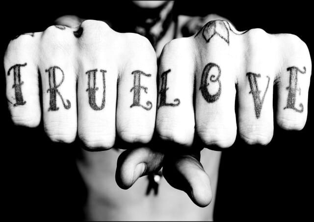 #truelove #knuckletattoo