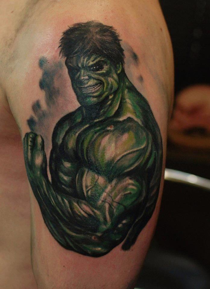 Flexing Hulk by Ivan Bor