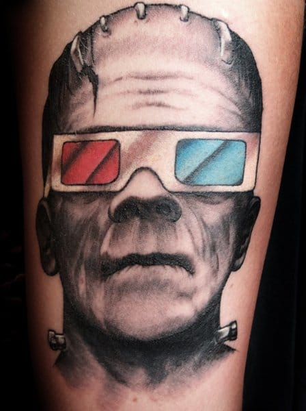 Love the uniqueness of this piece by Scott Campbell tattoo artist #scottcampbell #portrait