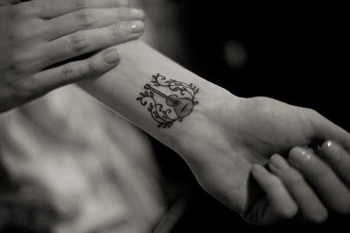 Guitar tattoo by Nick King #guitar #music #musictattoos
