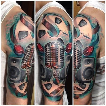 Music tattoo, artist uknown #music #microphone #vintagemicrophone #musictattoo #recording