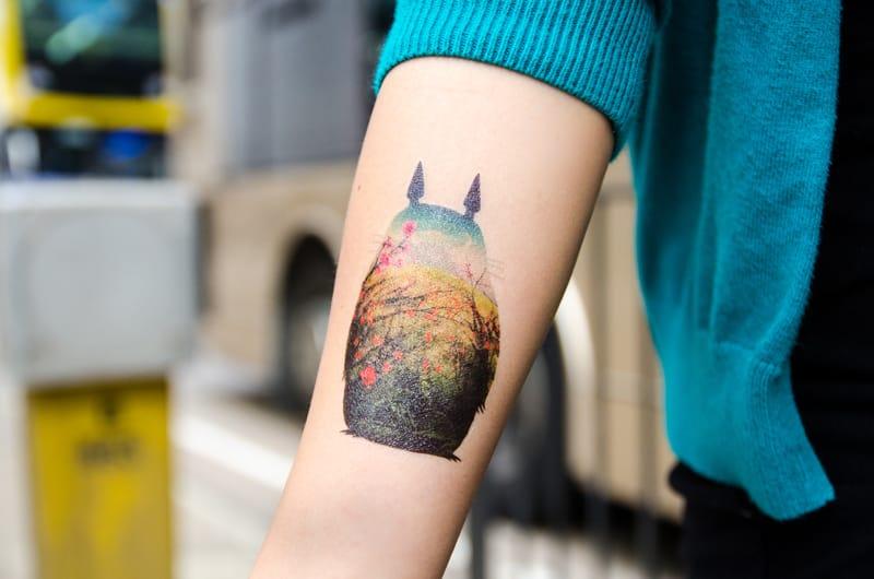 Temporary tattoo by Dottinghill : very creative.