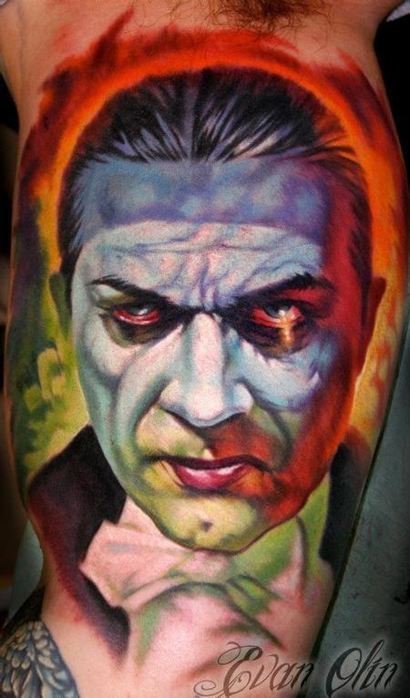 Evan Olin did this amazing Dracula tattoo!!