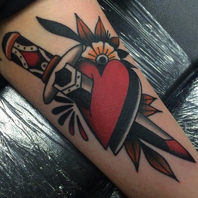 The classic heart dagger tattoo tattoodo for Knife tattoo meaning
