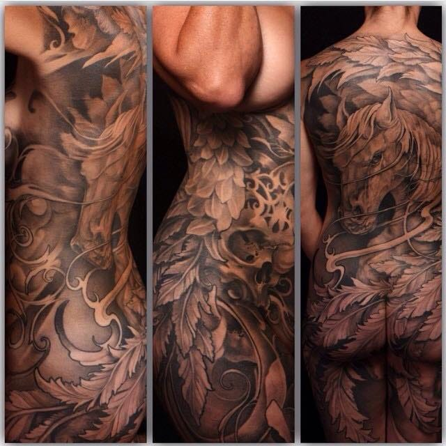 The black and grey style is also very used in bodysuit art. Here by Gabriel Tenneson.