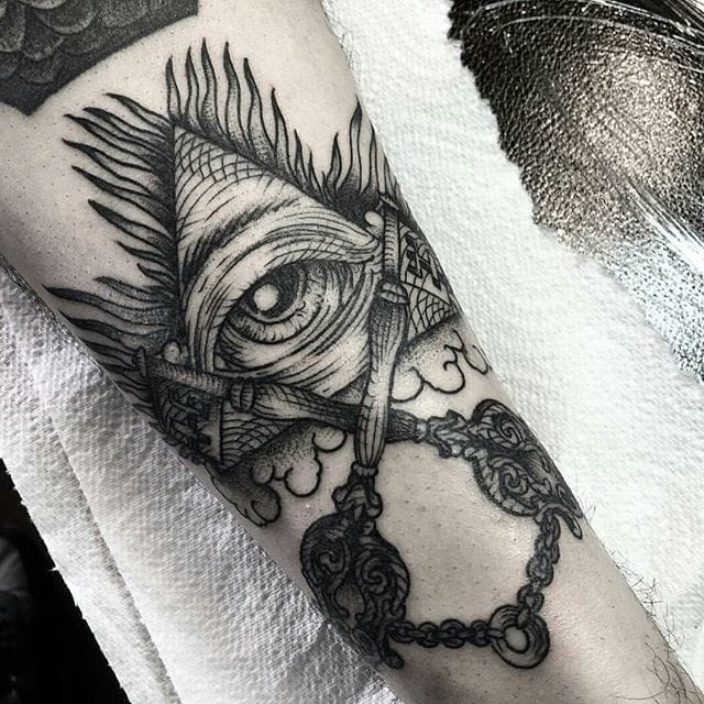 All-seeing eye tattoo by Henbohenning #eye #allseeingeyetattoo #eyetattoo