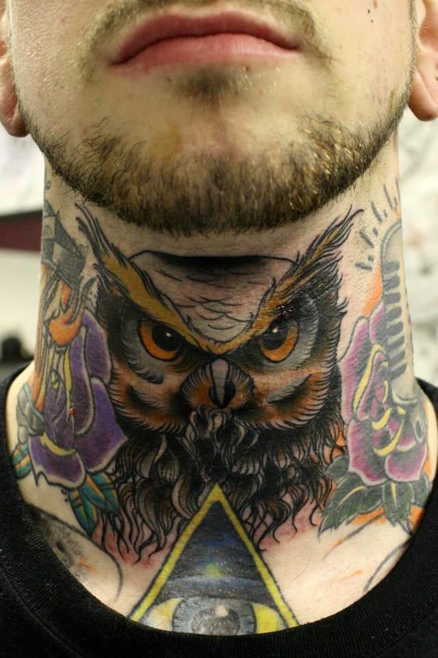 Yarek Slezak created this amazing owl