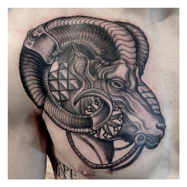 animal inspired black and grey tattoo