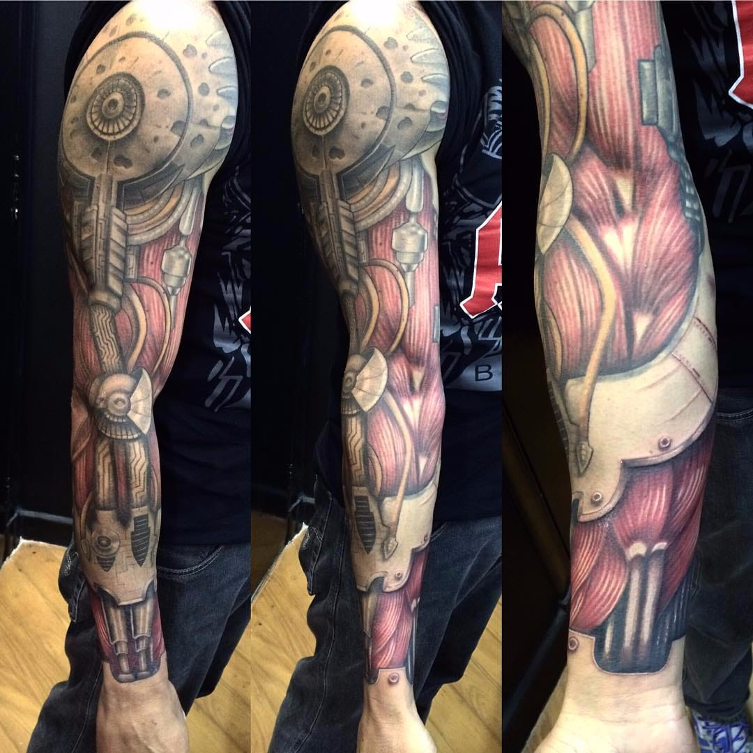8fd7cab5ceb52 SICK Biomech Tattoos. Seriously, These Tattoos Are SICK.