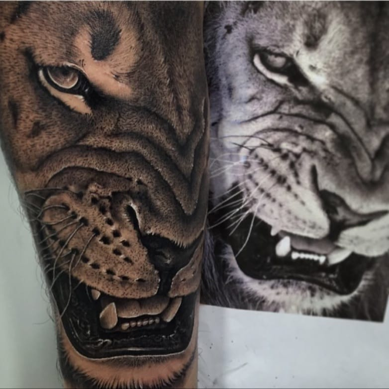Lion Tattoos To Bring Out The Lion Tamer in You