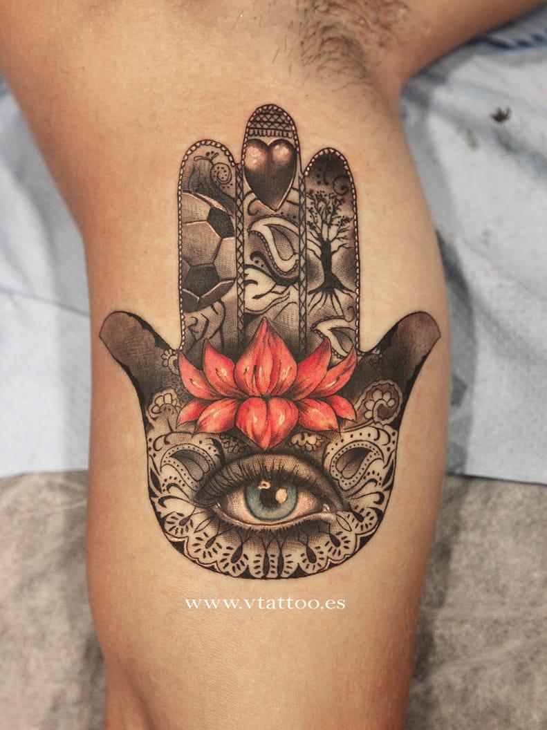 20 impeccable hamsa designs tattoodo. Black Bedroom Furniture Sets. Home Design Ideas