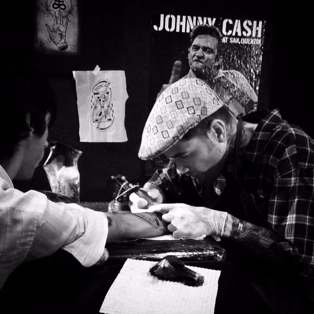13 Tatuagens Tradicionais Incríveis Por Clayton Guedes