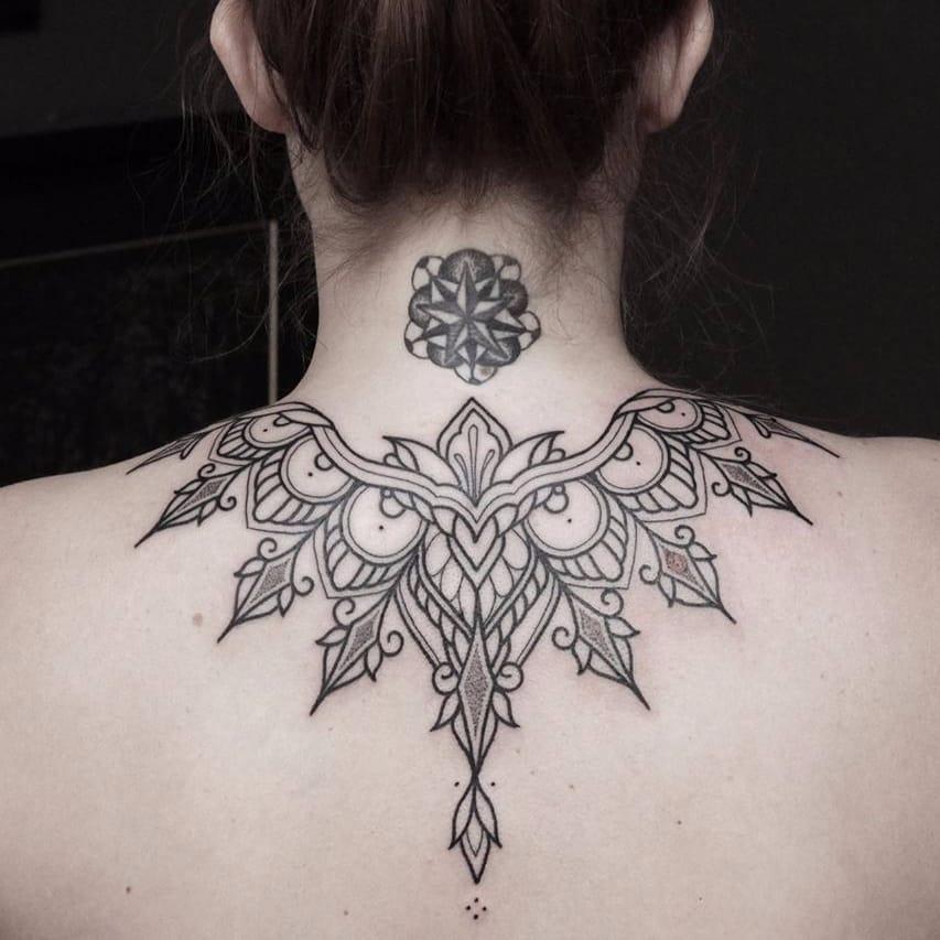 19 Tatuagens Geométricas Executadas Com Maestria