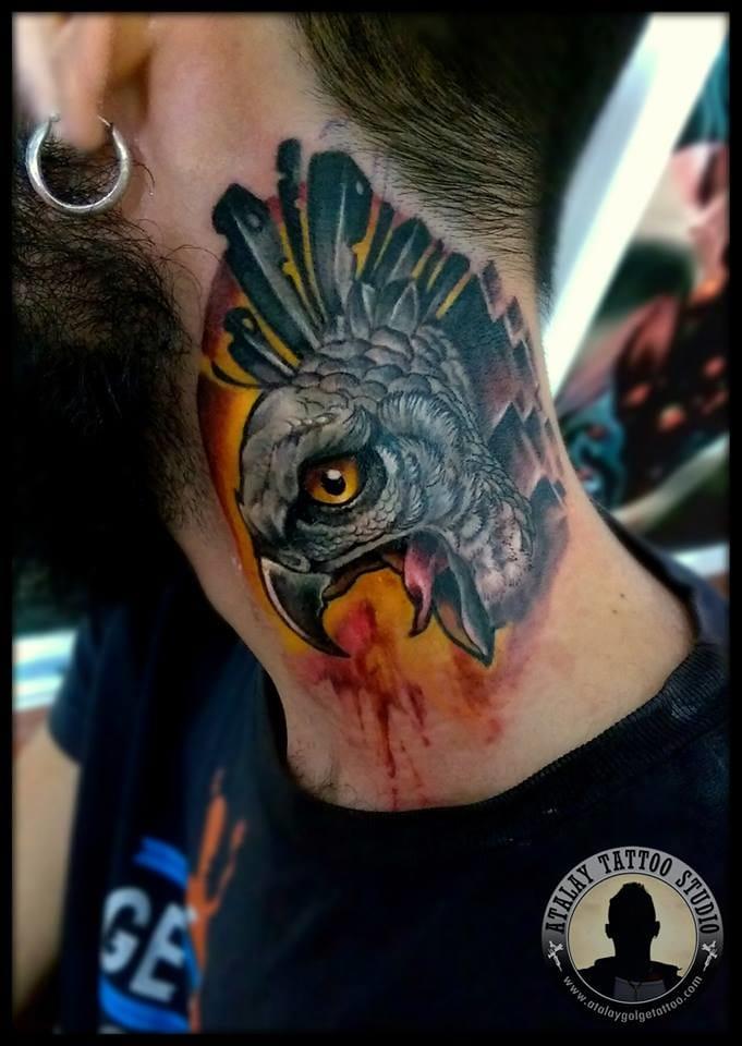 Screaming hwk neck tattoo by Atalay Gölge.