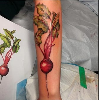 This beautifully color-packed beet by @chloe_jabour