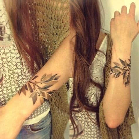 Themes or patterns that you can go for are nature-inspired... (Tattoo by Sasha Unisex).