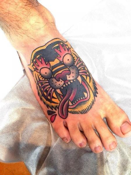 Vibrant tiger by Chopstick Tattoo