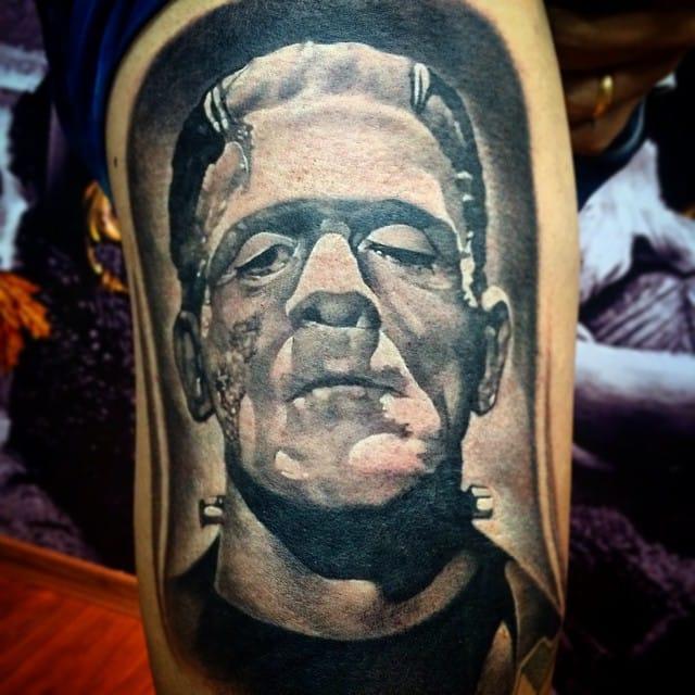 Frankenstein feito pelo tatuador Thiago Dias, da Bellart Tattoo em Nova Iguaçu