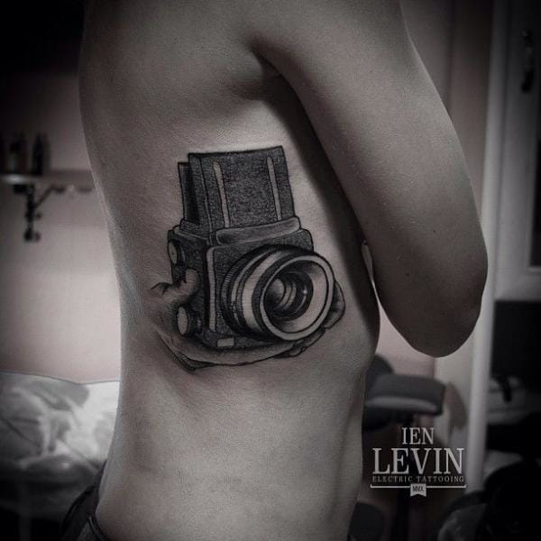 Dotwork tattoo by Ien Levin