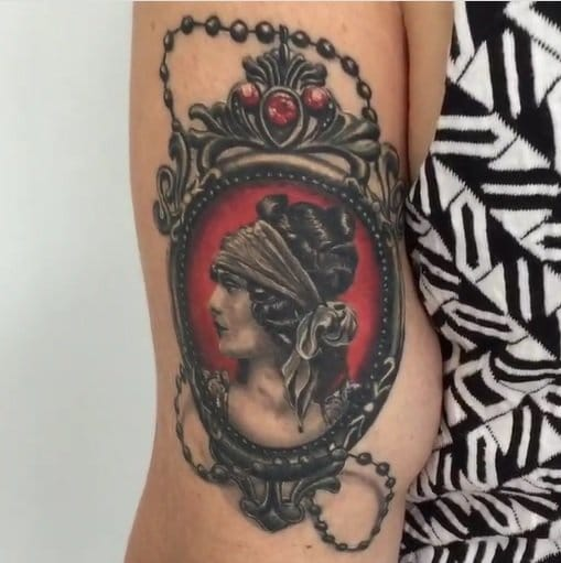 Sorry for the poor quality of the picture, but this tattoo by Fernando Shimizu is gorgeous!