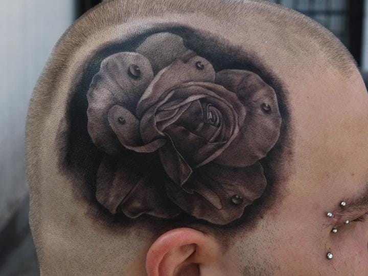 Solid rose by Black 13 Tattoo. Realistic rose tattoos can also look so awesome! #realistic #rose #scalp #solid
