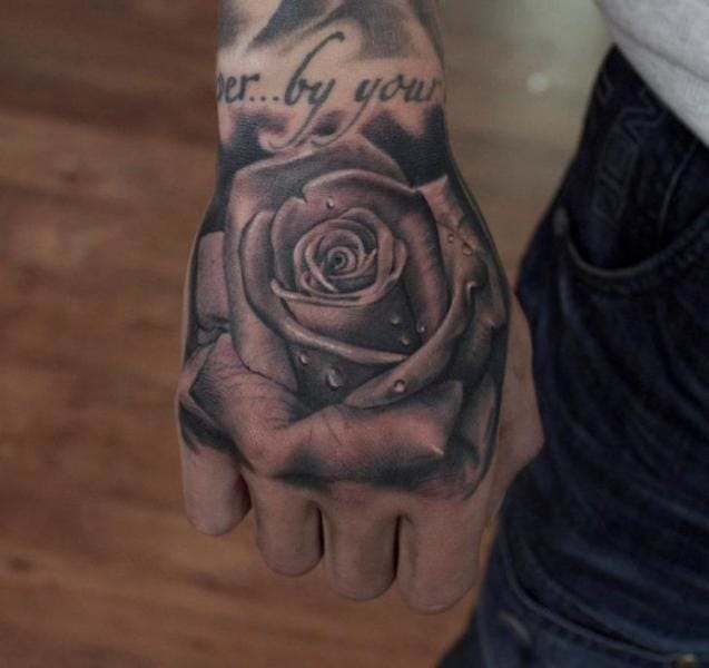 Amazing hand tattoo by Pete the Thief #rose #petethethief
