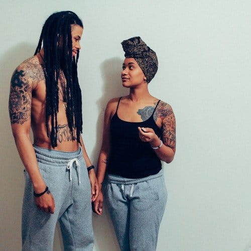 Casal de modelos tatuados, beleza em dupla!