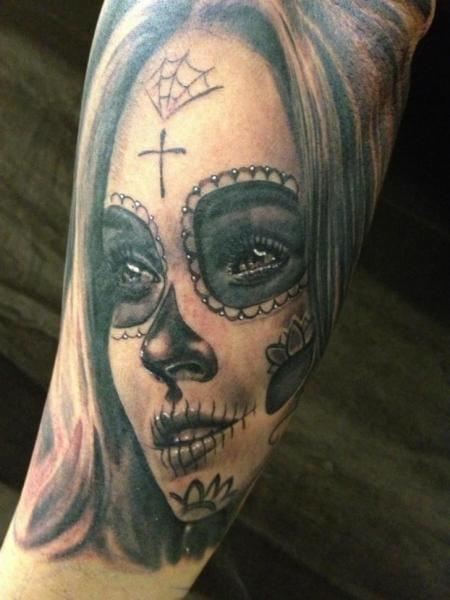 by Mia Tattoo