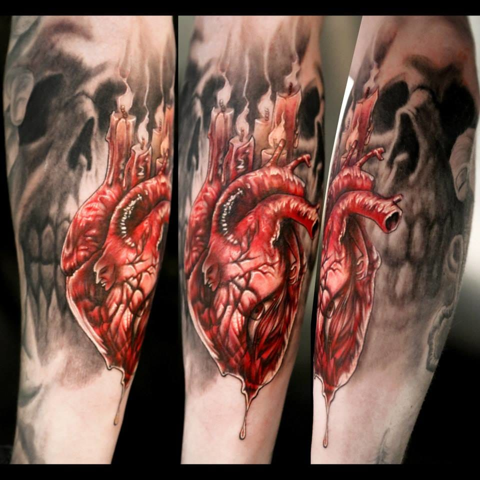 Bloody tattoo by Stéfano Alcántara
