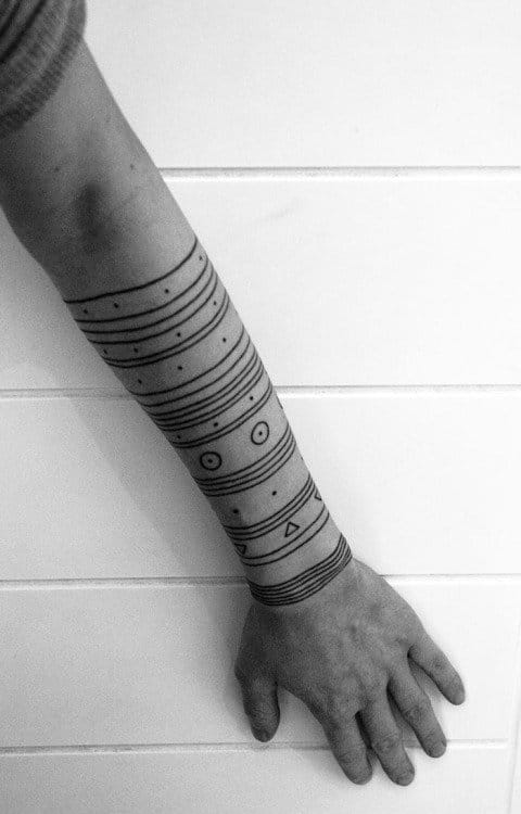 Made by Last Hope. #Minimal #LineTattoo #BlackLine