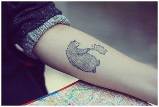 Delicada e linda tatuagem feita por Jamie Luna