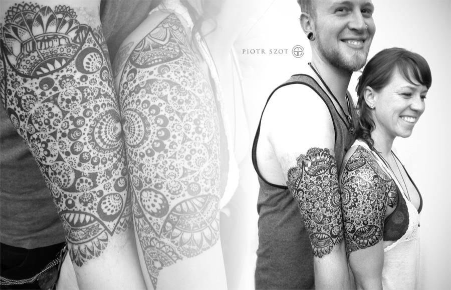 That's a badass and gorgeous couple tattoo by Piotr Szot!