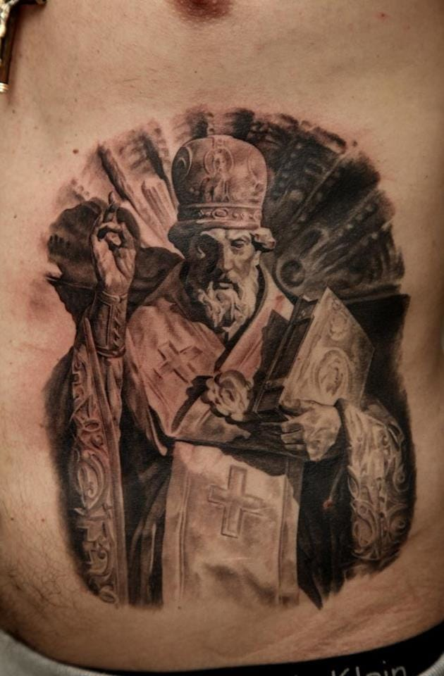 Looks like carved on his body... Cool work by Dmitriy Samohin.