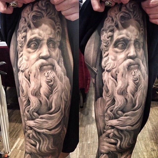 One of the most famous statue tattoos in the world, this amazing piece by Antonio Macko Todisco!