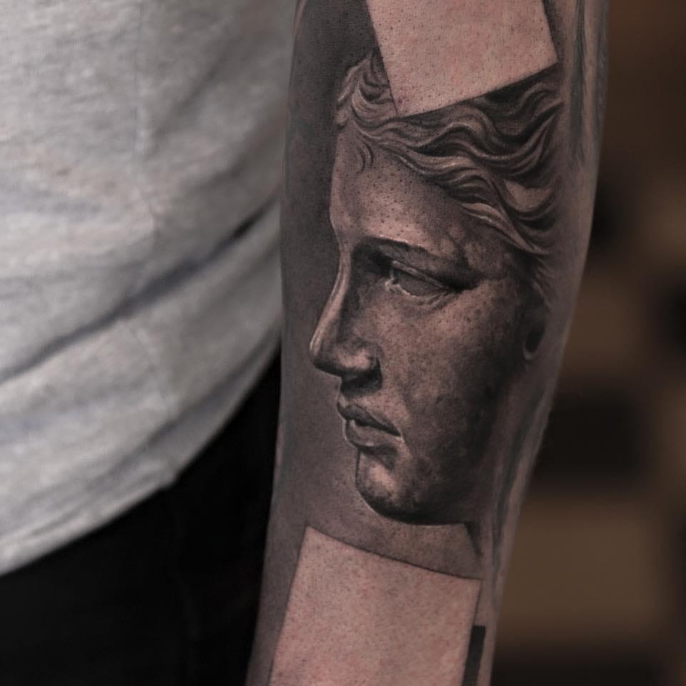 Fantastic detail by black and grey master Niki Norberg...