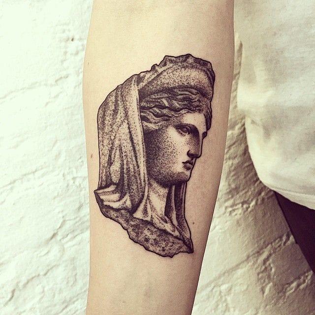 Lovely little tattoo by Tanya De Souza-Meally.