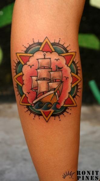 seven styles for a kickass calf tattoo tattoodo. Black Bedroom Furniture Sets. Home Design Ideas