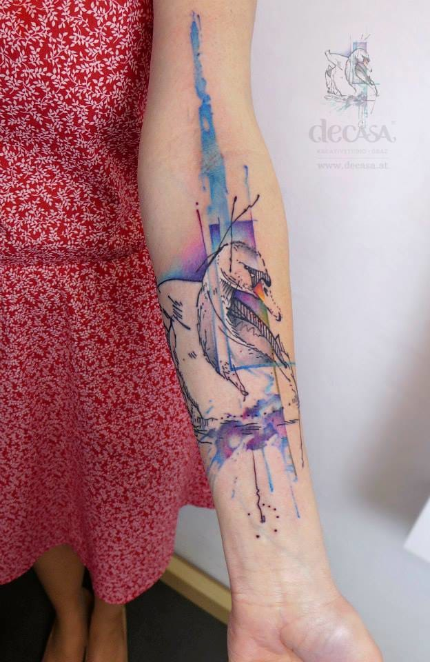 Pretty graphic swan by Carola Deutsch.
