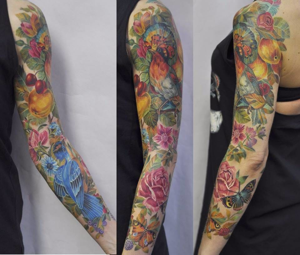 15 Outstanding Colorful Bird Tattoos