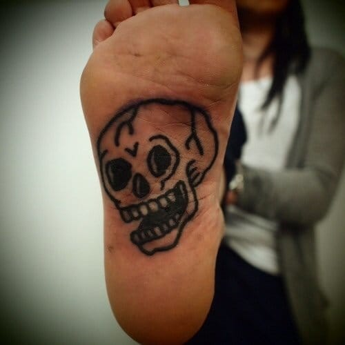 Simple skull tattoo