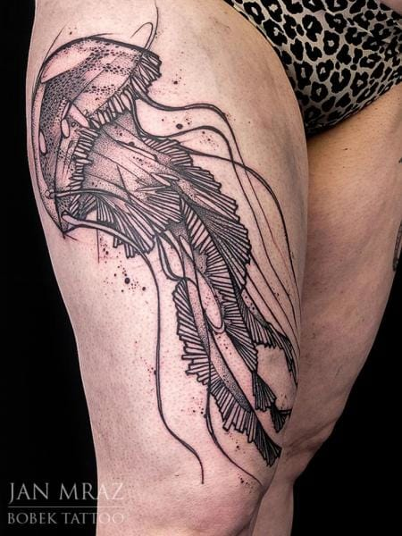 15 Beautiful And Vibrant Jellyfish Tattoos Tattoodo