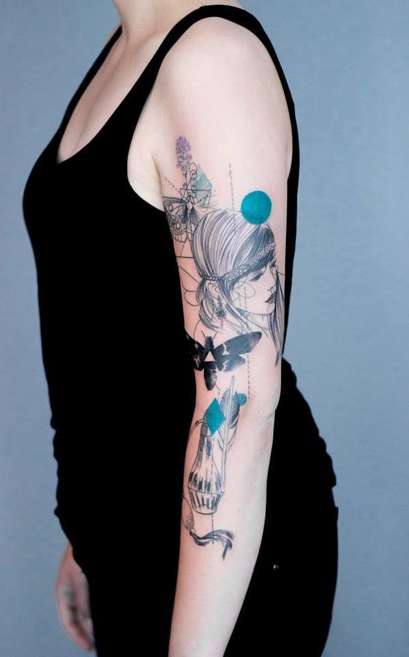 Delicate shoulder tattoo